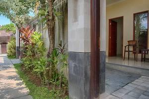 RedDoorz @Taman Sari Marlboro Bali - Eksterior