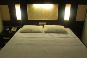Hotel Wisanti Jogja - KAMAR DELUXE