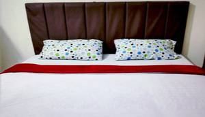 Hotel Prima Padang Padang - AC Single Bed