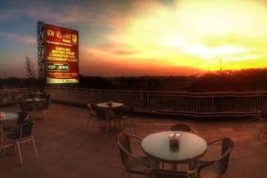 De Resort Mojokerto - r
