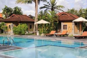 Suji Bungalow Bali - Kolam Renang