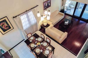 Whiz Residence Darmo Harapan Surabaya