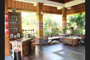 Besakih Beach Hotel Bali - Lobby Sitting Area