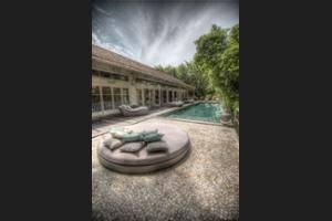 BALQUISSE Heritage Hotel Bali - Property Grounds