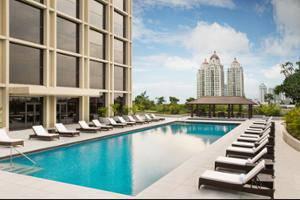 Fairmont Hotel Jakarta - Outdoor Pool
