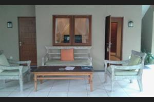 Gajah Biru Bungalows Bali - Living Area