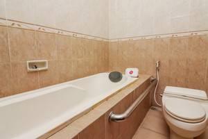NIDA Rooms Yos Sudarso Badung - Kamar mandi