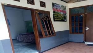 Villa Omahe Toni Malang - Exterior