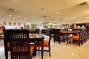 ZenRooms Menteng Matraman - Kafe