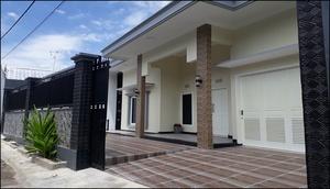 Villa Carista Batu