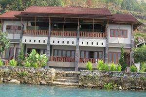 Saulina Resort Parapat - (16/June/2014)