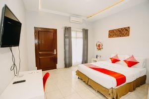 OYO 1188 Alam Indah Lestari Hotel