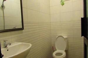 Golden Vella Hotel Pangkalpinang - Kamar mandi