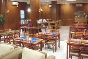 D Lira Syariah Hotel Pekanbaru - Ruang Makan
