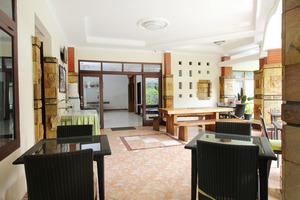 Airy Karang Setra Sindang Sirna Dua 363 Bandung - restaurant