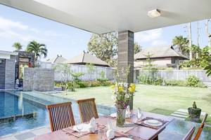 ALINDRA Villa Bali - Dining Room - Grand Pool Villa