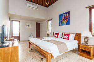 ZenRooms Kedisan Tegal Alang Ubud Villa Bali - Ikhtisar