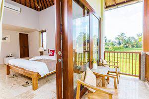 ZenRooms Kedisan Tegal Alang Ubud Villa Bali - Teras