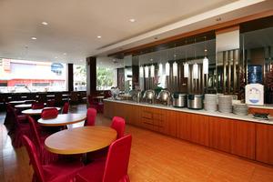 Airy Korumba Malik Raya 22V Kendari - Restaurant