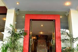 Juanda Hotel Ponorogo - Lobi