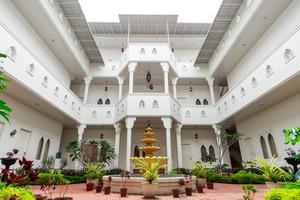 OYO 269 Grand Shaqilla Syariah Medan - Garden