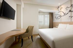 Hotel Santika Mega City Bekasi - Superior Room King
