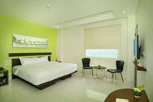 V Hotel Jakarta - Guest Room