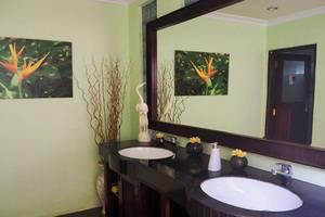 The Gecho Inn Town Jepara - Kamar mandi
