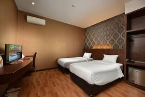 The Crew Hotel Kno Medan - Economy Class Twin Bed