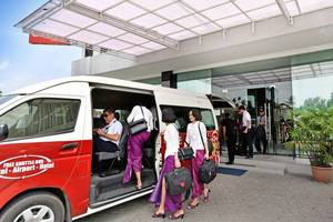 The Crew Hotel Kno Medan - Shuttle Bus