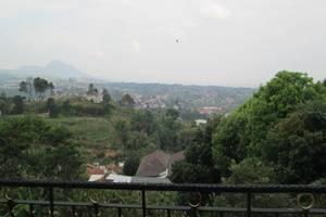 Scarlet Bukit Pakar Hotel Bandung - Pemandangan