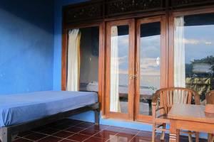 Waeni's Sunset View Bungalow Bali - Kamar
