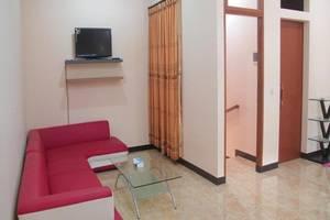 Villa Ruga Bandung - Ruang tamu