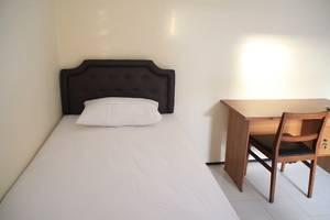 Homey Guest House Yogyakarta - Room