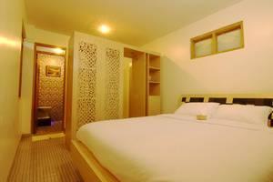 Javaretro Hotel Bandung - Kamar Deluxe
