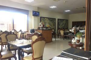 Hotel Safira Magelang - Restaurant