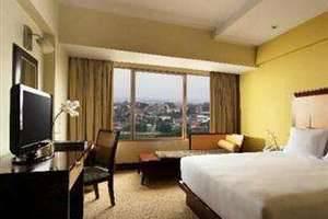 Hotel Santika Semarang - Deluxe Room