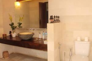 Gili Exotic Villa   - Bathroom