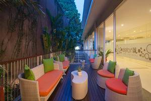 J4 Hotels Legian - Lounge