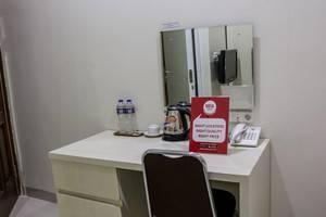 NIDA Rooms Surya Samantri Coblong - Kamar tamu