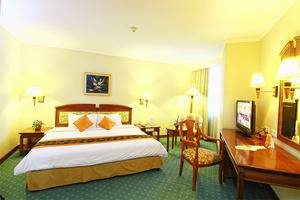 Grand Arkenso Park View Simpang Lima Semarang - Executive suite room (bedroom)