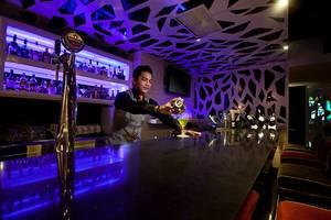 Redtop Hotel & Convention Center Jakarta - Sapphire Bar