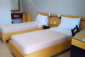 Hotel Omega Karawang - Twin Deluxe