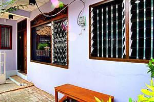 Sukun 9 Homestay Jakarta - Halaman depan