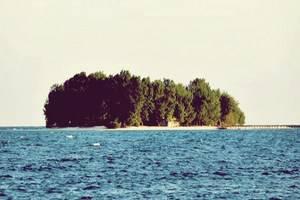 Arys Lagoon Karimunjawa Jawa Tengah - Small Island