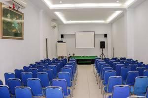 NIDA Rooms Lubis 3 Medan Baru - Ruang Rapat