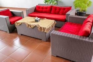 NIDA Rooms Lubis 3 Medan Baru - Ruang tamu