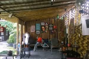 Venezia Garden Yogyakarta - Area umum, bar mini