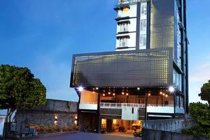 TOP Malioboro Hotel Yogyakarta - Facade