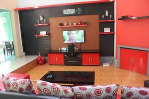 Villa Sinar Pusaka Merah Garut - Interior